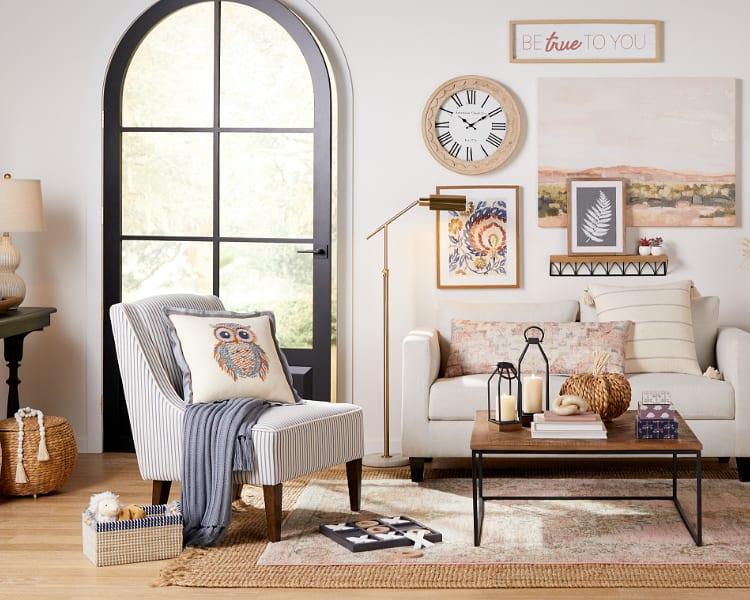 Pasadena Farmhouse Living Room