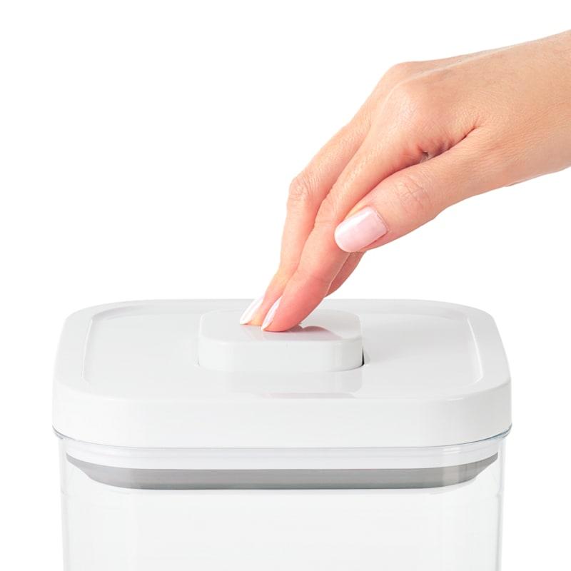 Oxo Softworks 2.6 Quart Pop Container