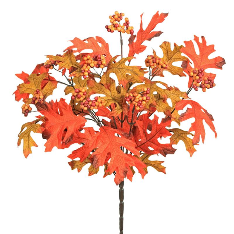 18in Oak Leaves and Berries
