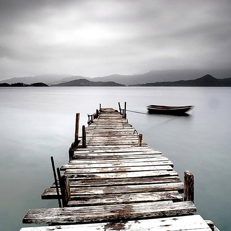 16X16 Black/White Beach Pier Photo Canvas