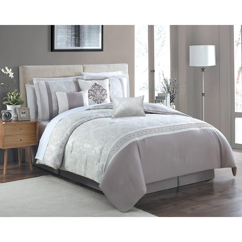 Magaratte 7-Piece Embroidered Comforter Set King